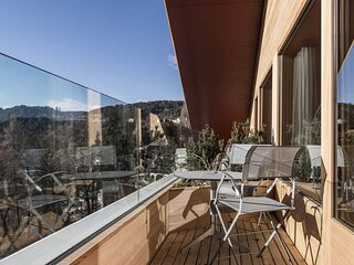 Modern and luxurious apartment with balcony near the Seiser Alm