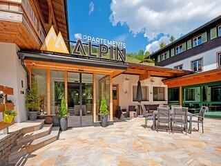 Gorgeous Apartment in Saalbach with Sauna near Ski Slopes