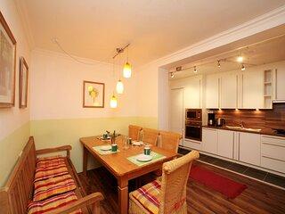 Inviting Apartment in Kaprun near Talstation Kitzsteinhorn