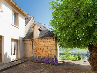Scenic Holiday Home in Chasteaux with Private Terrace
