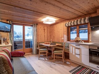 Wooden Apartment in Hopfgarten with a mountain view