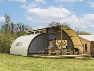 Unique tent with own bathroom on a pop-up campsite