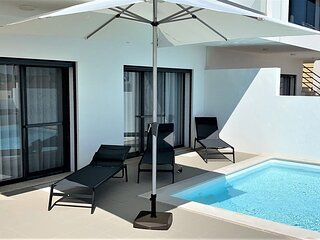 Ocean-view Holiday Home in Lourinhã with Private Garden