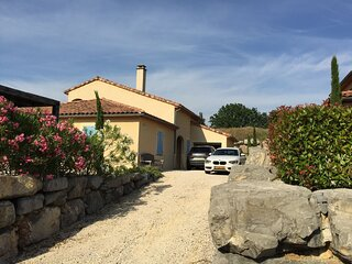 Luxury villa on a private domain, located almost directly on the Ardeche!!