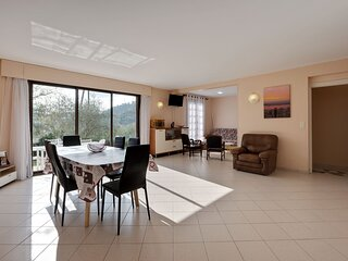 Tranquil Apartment in Drap with Garden