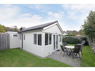 Charming holiday home in Oostkapelle close to the beach and forest