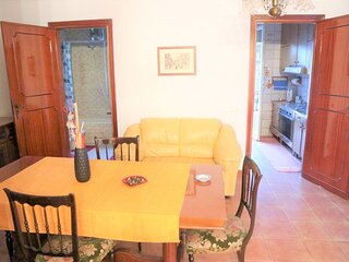Lovely Holiday Home in Castelvetrano with Balcony