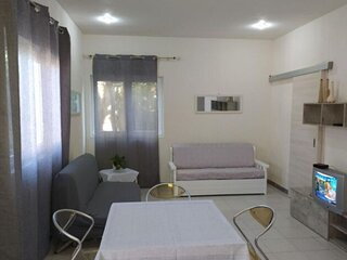 Comfy Holiday Home in Porto Palo with Garden