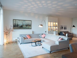 Appealing Apartment in Den Haag with Balcony, Terrace