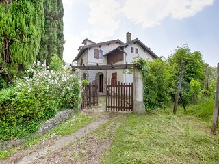 Soothing villa in Fivizzano with a private garden