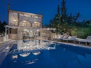 Mira Agua Villa with Private Pool