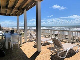 Ver La Mer Abode - Brand NEW Direct Water and Beachfront!