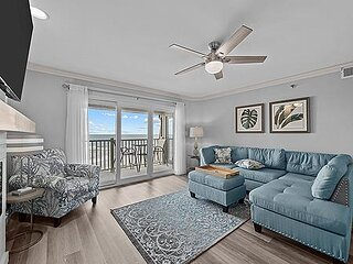 3414 Topsail Dunes - 2BR Oceanfront Condo in North Topsail Beach with Private Ba