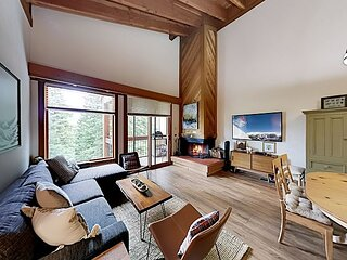 Sophisticated Gold Bend Getaway | Fireplace | Free Ski Shuttle, Pool, Hot Tub