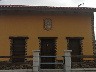 Buena Ubicacion en el centro de Asturias. A 5 min. De Aviles y de las playas