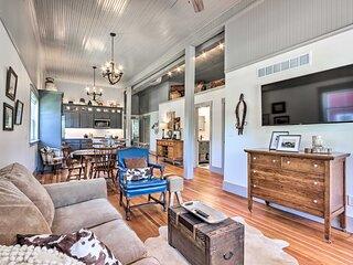 NEW! 'The Ruebling House' Bright + Modern Abode!
