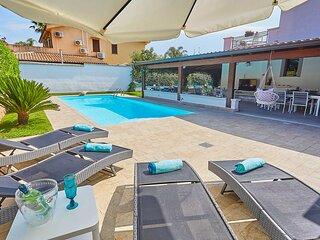 Nuovissima Villa con piscina