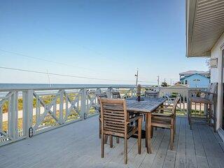 6492S - Oceanfront - Family Friendly Beachfront Retreat