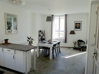 Maison Carree/Coeur historique - Superbe Appt 55m2