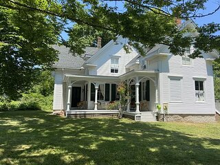 EXPERIENCE THE OLD WORLD CHARM OF MARTHA'S VINEYARD IN THIS SEA CAPTAINS HOME