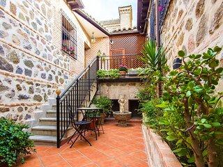 CASA DE BISAGRA. Casa completa: Casco Histórico. Fácil acceso y aparcamiento.