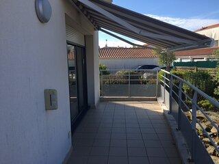 Bel appartement  avec un parking dans le secteur de la Pironniere