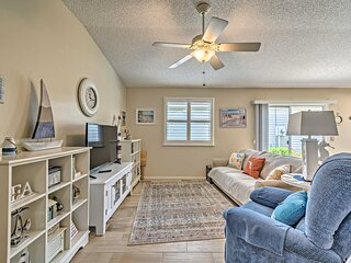 NEW! Pet-Friendly Pad w/ Porch in The Villages!