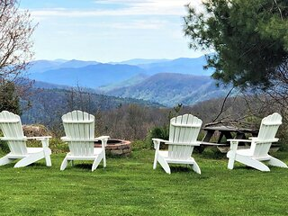 Panoramic Mountain Views, 2-Bedroom Suite in small B&B, Blue Ridge Mnts