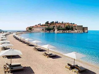 Budva Stunning Sea View Penthouse with Jacuzzi and Large Terrace
