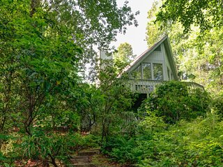The Oak Lake House on Wanteska