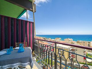 Nice apartment in Varazze with WiFi and 1 Bedrooms (ILL824)