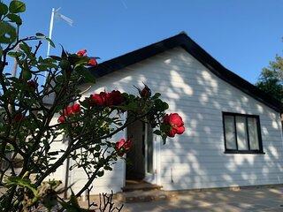 Rose Cottage Three Oaks