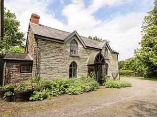 MAESGWYN rural location, pet-friendly, great walking area in Cardigan Ref 905771