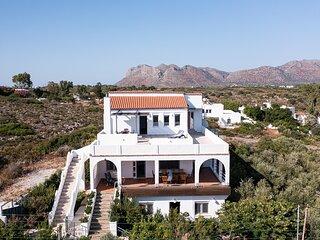 Villa Kiara-Sea Front Villa