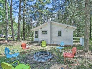 NEW Cute & Charming Cottage Near Castle Rock Lake!