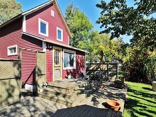 Sandy Shores Cottage