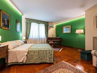 Musae Apartment