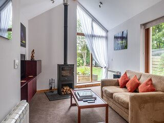 Contemporary One Bedroom Apartment Close To All Amenities In Conservation Area
