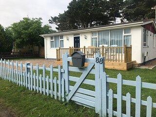 88 Humberston Fitties Beach House