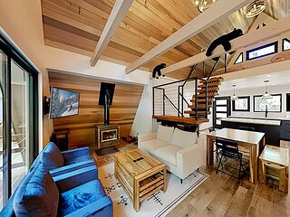 Remodeled A-Frame in Rubicon Bay   Luxury Interior with Loft   Walk to Lake