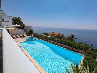 Villa Elena a exclusive villa with sea view in the heart of Amlfi Coast