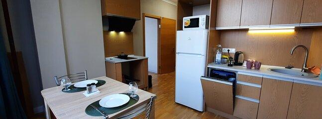 Ваша квартира в Софиевской Борщаговке, vacation rental in Irpin