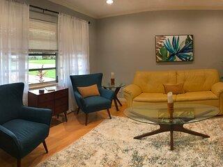 Boho Vibe 3B/2B centrally located Alta Vista Home