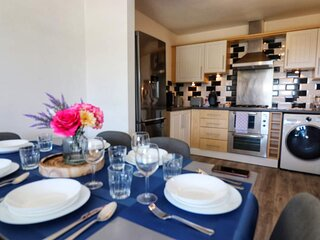 Charming 2-Bed Apartment in Peterborough