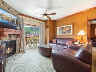 *FREE KAYAKING* Updated Westgate –Great For Families, Two King Beds, Pool, Hot