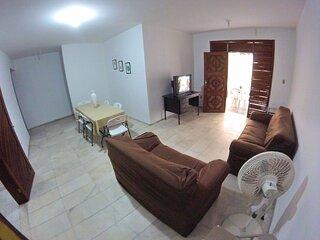 Apartamento família 200m da beira mar e preço baixo