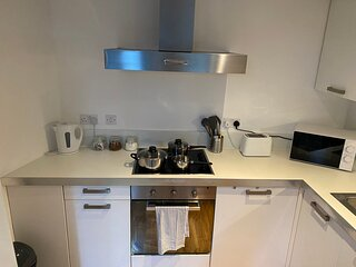 Impeccable 2-Bed Apartment in Sheffield