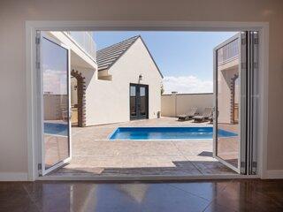 Palazzo - Luxury Home - Private Pool & Casita