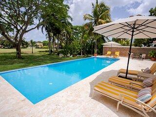 Marvellous Five Bedrooms Villa at Casa de Campo