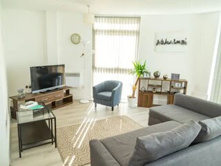 Kent Street Bright Modern City Apartment with Super View & Parking